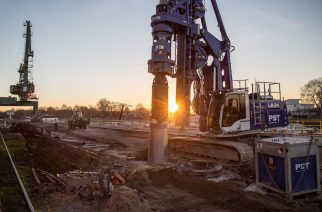 Drilling Rig Carries out Deep Foundation Work in Gernsheim Port