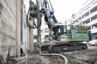 The New Piling and Drilling Rig LRB 16 from Liebherr