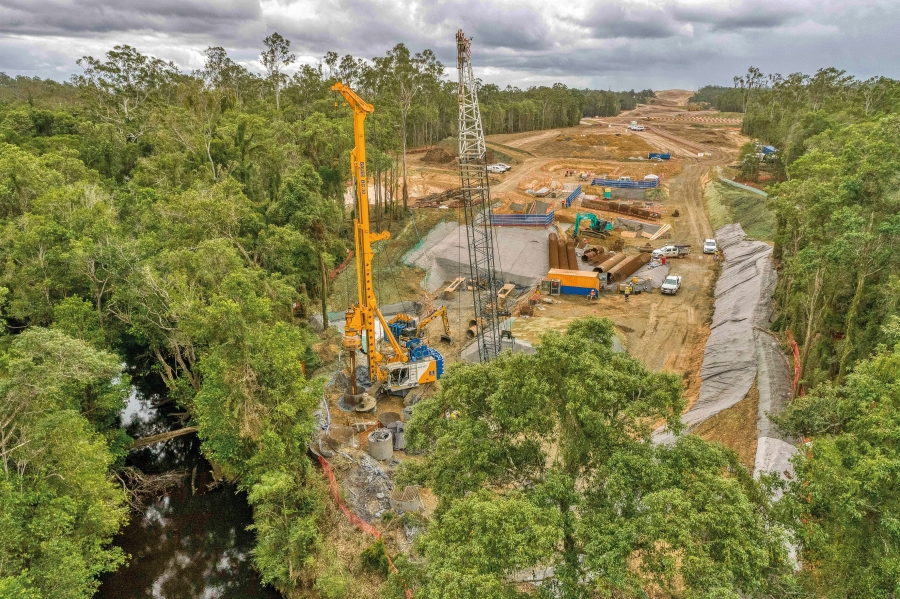 Bauer Carries out Piling Works for the Bruce Highway Upgrade
